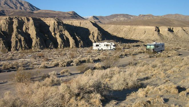 The appeal of boondocking in the desert