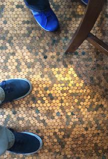 shoes-floor-767