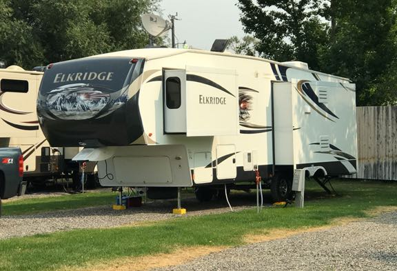 Buying an RV? Watch out for blind spots to what's outside