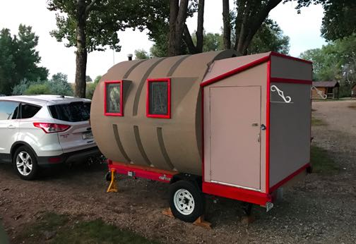 unusual tiny rvs. This unusual RV rolled into my campground a couple of days ago  I didn t get chance to meet the owners but was told that they were an older Cute tiny is made from hunting blind Travel