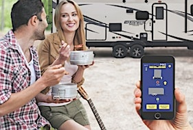 New system uses smartphone to level RV