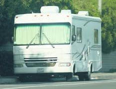 California beach town to require street parking permit for RVs