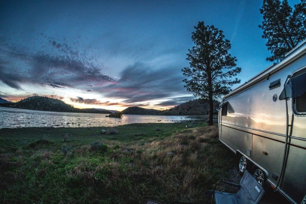 How to find boondocking spots on cross-country RV trip