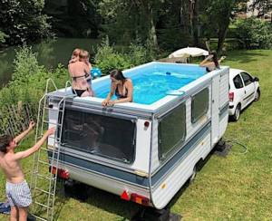 Rooftop RV swimming pool