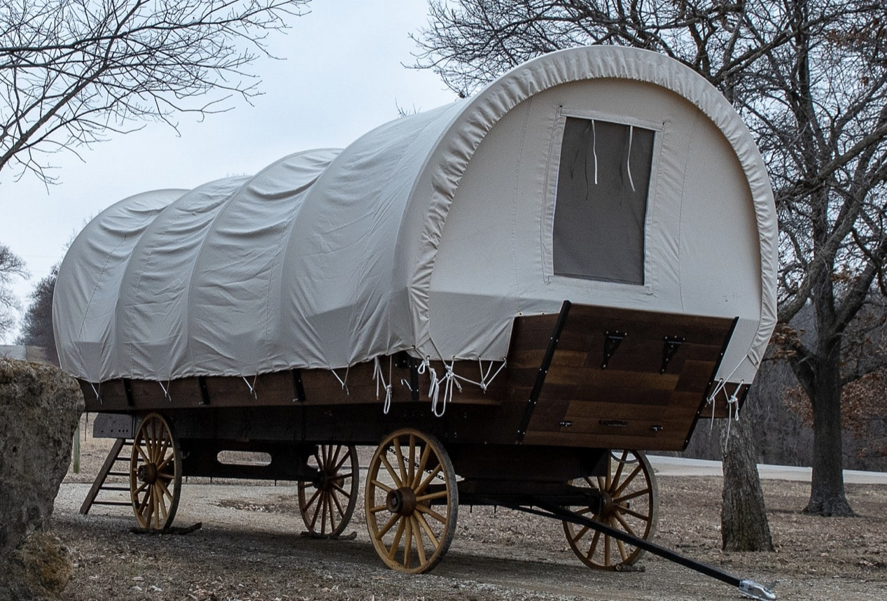 Couple Hopes To Bring Back Conestoga Wagons For Glam Camping Rv Travel