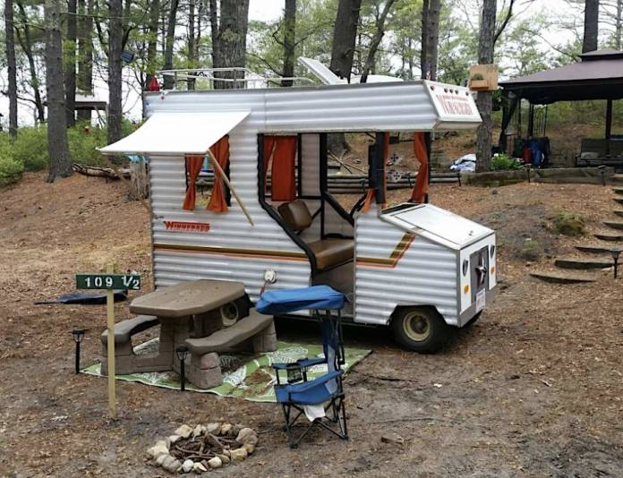 I want this! Have you ever seen an RV so cute?