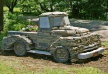 Chris Miller, a sculptor in Vermont, created a 40,000-pound, full-sized stone truck in 2012. It's a popluar tourist attraction.