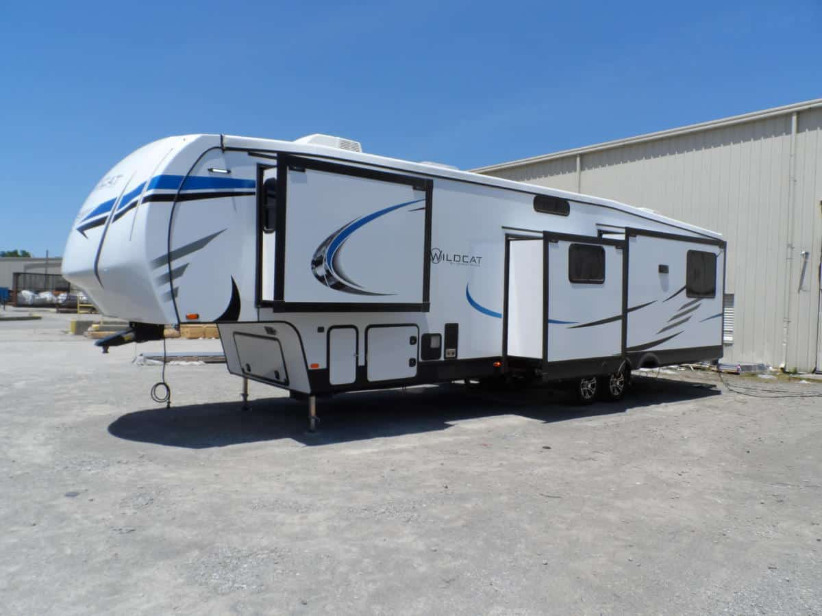 RV Review: 2021 Wildcat 368MB Mid-Bunk Fifth Wheel - RV Travel