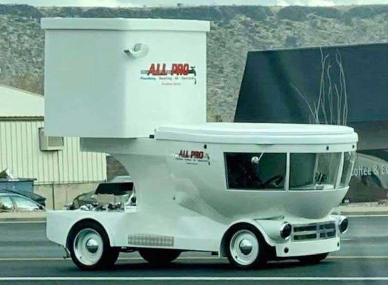 toilet vehicle
