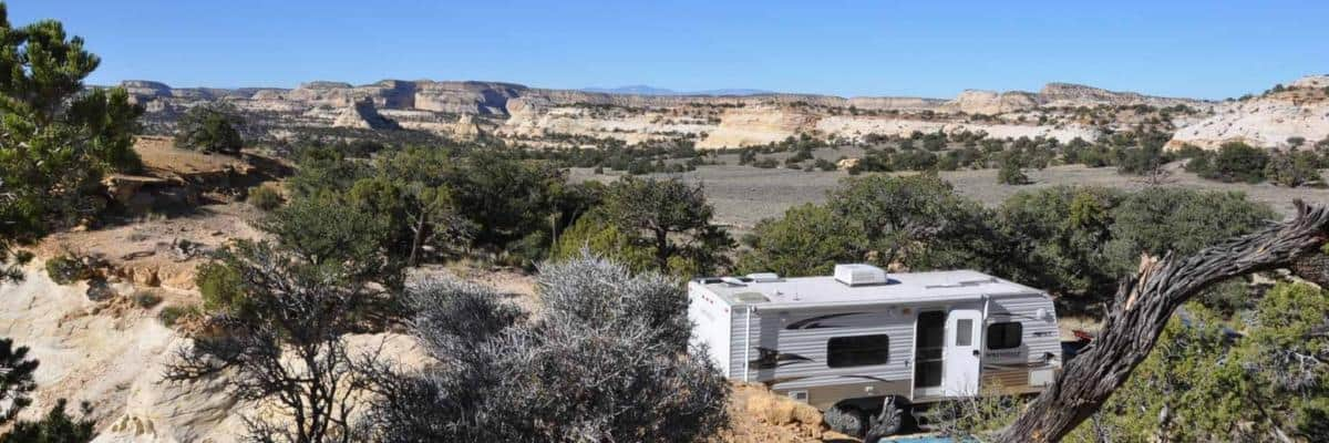 RV in the middle of nowhere